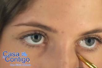 Como Aplicar el Corrector para Disimular las Imperfecciones de tu Cara