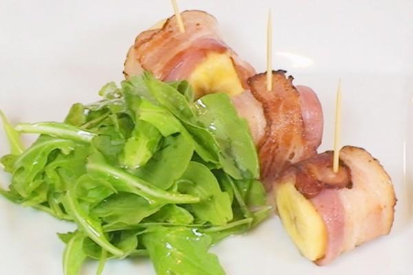 brocheta-de-paltanocon-bacon-y-rucula