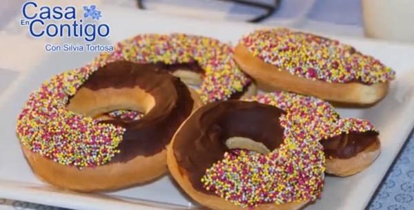donuts chocolate