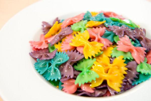 pasta-de-colores-o-rainbow-pasta