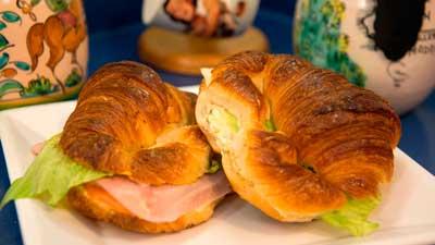 croissants-de-jamon-y-queso-y-huevo